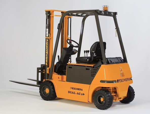 DUAL AC forklift 4-wheeled 1.6 tons